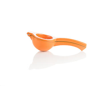 orange citrus squeezer closed